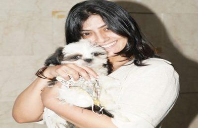 Actress Varalaxmi Sarathkumar Spotted At Hyderabad Airport