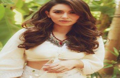 """Hansika Motwani's """"My Name is Shruthi"""" Launches With Pooja Ceremony: See Pics"""