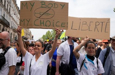 About 114,000 protest against vaccination, COVID-19 safety measures in France