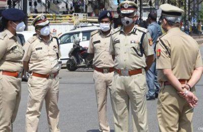 Delhi Police pulled up