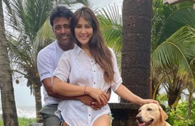 Leander and Kim Sharma dating? These pics from their Goa holiday hint at it